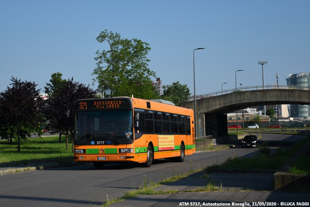autobus cityclass atm 5717 milano linea 321