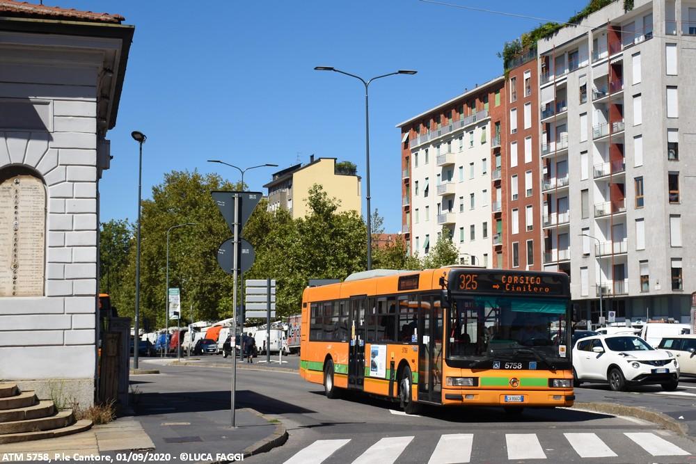 autobus cityclass atm 5758 milano linea 325