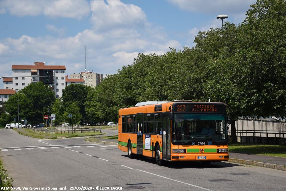 autobus cityclass atm 5784 milano linea 327