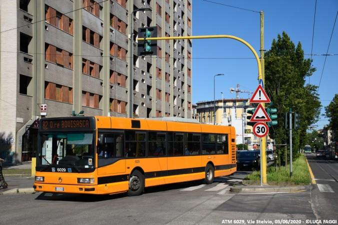 autobus cityclass atm 6029 milano linea 82